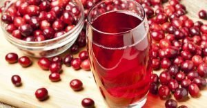 picture of cranberry juice glass